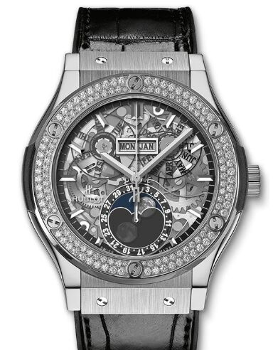 Replica Hublot 517.NX.0170.LR.1104 Classic Fusion Aerofusion Moonphase Titanium Diamonds watch